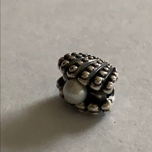 Pandora's clam with pearl